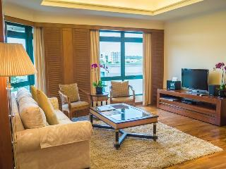 Le Grove Serviced Apartments- 2 Bedrooms - 1 - Singapore vacation rentals