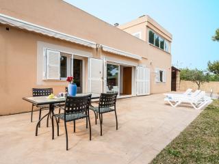 LLAC  - Property for 6 people in Port d'Alcudia - Puerto de Alcudia vacation rentals