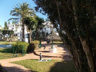 GREAT HOLIDAY APARTMENT CLOSE TO PUERTO BANUS - Puerto José Banús vacation rentals