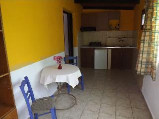 Pelekanos Appartment 3 (D) - Rethymnon vacation rentals