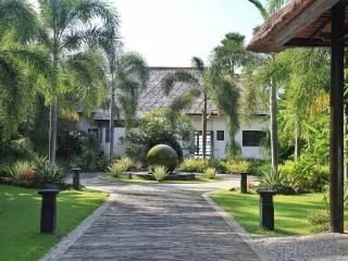 Nice Villa with Deck and Internet Access - Seririt vacation rentals