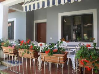Perfect 2 bedroom Villa in Golem with A/C - Golem vacation rentals