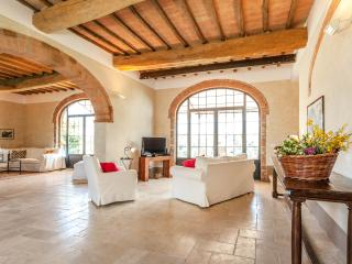 Podere Ferranino Townhouses -Brunelleschi - San Giovanni d'Asso vacation rentals