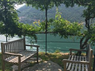 Nice House with Internet Access and Satellite Or Cable TV - Nesso vacation rentals