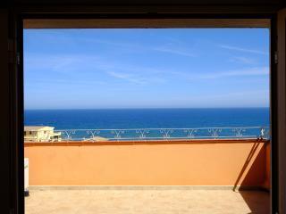 Villa Doria Casa Vacanze TRILOCALE E 6 posti letto - Valledoria vacation rentals