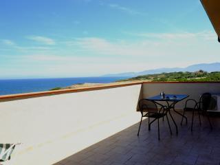 Villa Doria Casa Vacanze BILOCALE G 4 posti letto - Valledoria vacation rentals