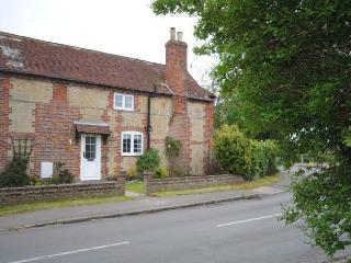 2 bedroom Cottage with Television in Birdham - Birdham vacation rentals