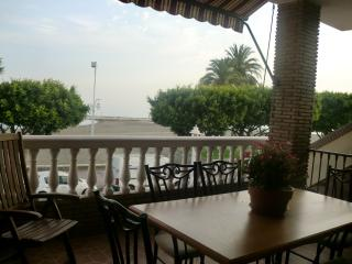 Lovely 1st line apartment on El Palo beach, Malaga - Malaga vacation rentals
