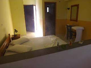 Pelekanos room 3 (4) - Rethymnon vacation rentals
