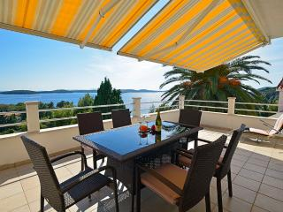 Cozy Condo with Internet Access and A/C - Hvar vacation rentals