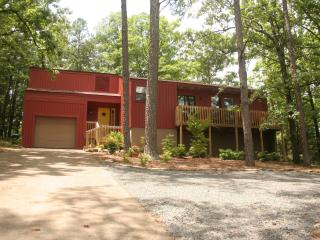 Birdsong Cottage at Dave Creek Parkway - Fairfield Bay vacation rentals