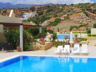 Garden Suite with pool view - Makry-Gialos vacation rentals