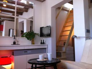 COZY APARTMENT OLIVAR - Madrid vacation rentals