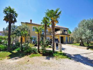 TH00625 Apartments Iztok / A2 One bedroom - Umag vacation rentals
