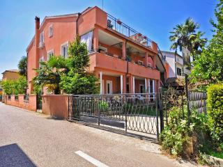 TH00624 Apartments Ivan / A6 Two bedrooms - Novigrad vacation rentals