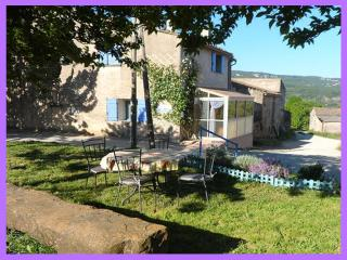 Beautiful Gite with Internet Access and Washing Machine - Caseneuve vacation rentals