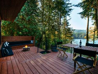 Chateau #83 Luxury home on Silver Lake - Maple Falls vacation rentals