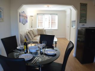 Bright House with Internet Access and Dishwasher - Sandown vacation rentals