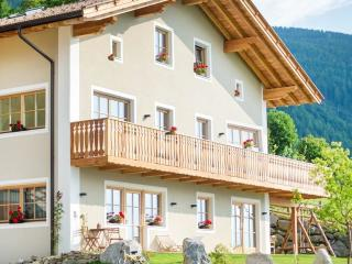 THOLER Urlaub auf dem Bergbauernhof - Lagundo vacation rentals