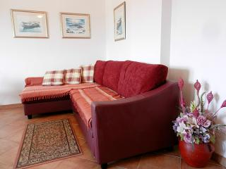 Sweet & Spacious Apartment in Rovinj - Rovinj vacation rentals