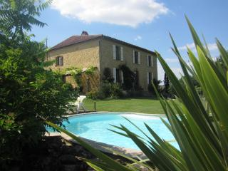 Ground floor apartment in Gascon Farmhouse - Beaumarches vacation rentals