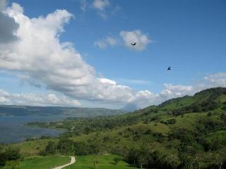 Paradise on Lake Arenal - Tilaran vacation rentals