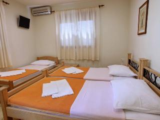 villa vienna mostar triple room - Mostar vacation rentals