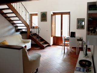 Romantic 1 bedroom House in Mistretta - Mistretta vacation rentals