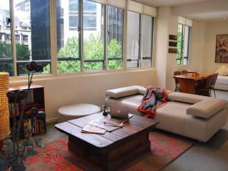 Honey Apartments 1 - Queen St & Flinders Lane CITY - Melbourne vacation rentals