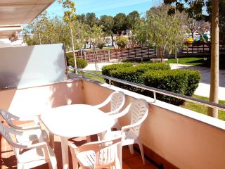 Two bedrooms apartment ground floor - Roses vacation rentals