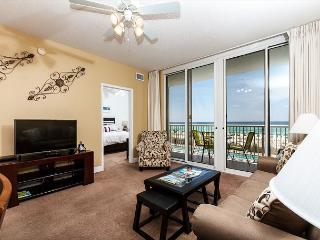 WE 210: UPDATED beachfront condo,WiFi,balcony,pool,FREE beach chairs, - Fort Walton Beach vacation rentals