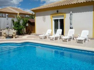 2 Bed Villa, Private Pool, Air Con, Wi-Fi X-Box - Mazarron vacation rentals