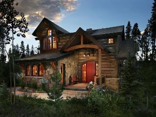 Experience Unique European Flair and Finesse at Cypress Mountain Chalet! - Breckenridge vacation rentals