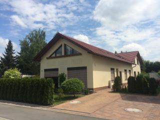 """FEWO Erfurt """"Sulzer Siedlung"""" - Erfurt vacation rentals"""