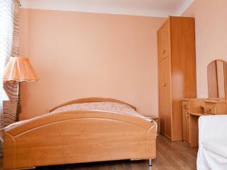 Arbat - 1 BR + STUDY - Moscow vacation rentals