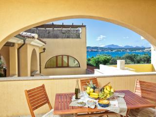 "2-room apartment ""Gavino"", 100 m from beach - Golfo Aranci vacation rentals"