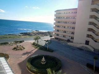 Sea view, near the beach, WiFi - Torrevieja vacation rentals