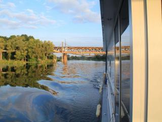 Houseboat Finland: Houseboat DeLuxe 42 m2 / 8 Twin - Jyväskylä vacation rentals