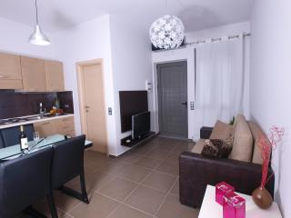 2 bedroom Condo with Internet Access in Mirthios - Mirthios vacation rentals