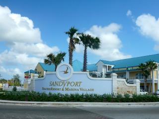 Condo overlooking the Lagoon, Sandyport, Nassau - Nassau vacation rentals