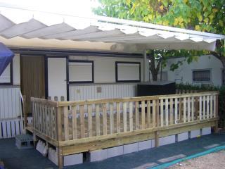Cozy 2 bedroom Caravan/mobile home in Oropesa Del Mar - Oropesa Del Mar vacation rentals