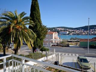 Cozy Trogir Studio rental with Internet Access - Trogir vacation rentals