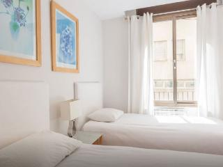 Old town 5 apartment just 6 minutes from ramblas - Barcelona vacation rentals