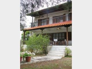 Detached house in Nikiti, Sithonia, ID: 2073 - Agios Nikolaos vacation rentals