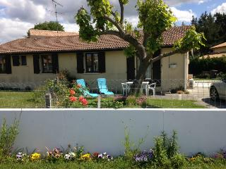 2 bedroom House with Internet Access in Le Teich - Le Teich vacation rentals