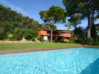 Nice Mont-ras Villa rental with Washing Machine - Mont-ras vacation rentals