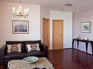 Seaside apartment in Reykjavik - Reykjavik vacation rentals