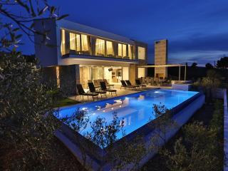 Villa Ana - Splitska vacation rentals