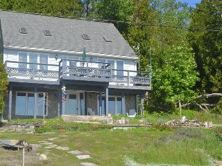 Comfortable Cottage with Deck and DVD Player - Lions Head vacation rentals