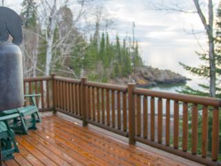 Romantic Northshore Cabin with a Beautiful Private - Beaver Bay vacation rentals